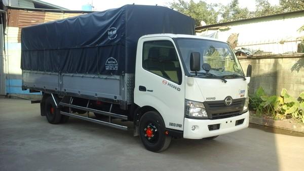 Chuyên bán xe tải Hino 1T9/ 1.9 tấn thùng dài 4m6 giá rẻ